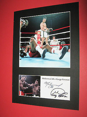 MUHAMMAD ALI v GEORGE FOREMAN BOXING A4 PHOTO MOUNT SIGNED PRE-PRINTED AUTOGRAPH