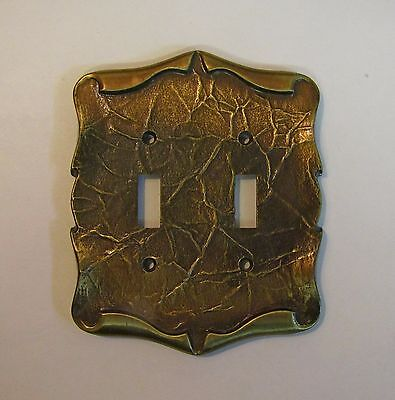 *** Vintage Amerock Carriage House Antique Brass Finish Double Switch Cover ***
