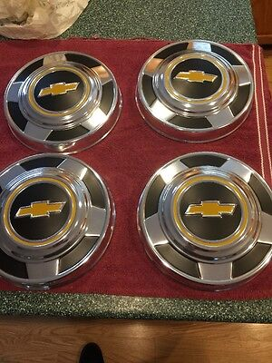 NOS 1973 1974 1975 1976  1977- 87 SET OF 4 Chevy truck Dog Dish HUBCAPS  10.5 in