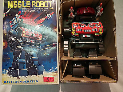 Vintage Made In Japan Battery Operated Space Missile Robot Mint In Box