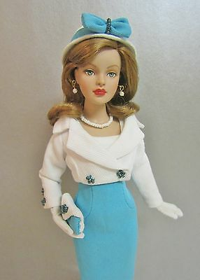"""Tonner 10"""" Tiny Kitty 2005 Basic Red with Bending Arms in TURQUOISE TREAT Outfit"""