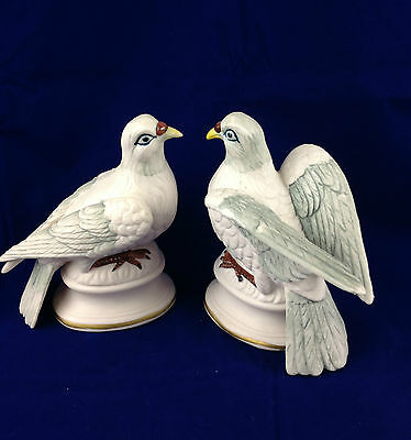 Vintage Enesco porcelain doves made in Japan white grey bisque porcelain dove