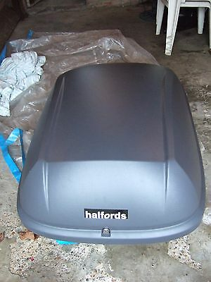 Halfords 340L car roof box collection only se9 3jy