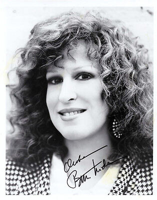 BETTE MIDLER HAND SIGNED 10 x 8 EARLY PHOTOGRAPH