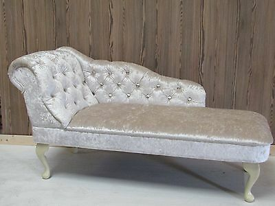 Pearl Crushed Velvet Diamante Buttoned Chaise Longue