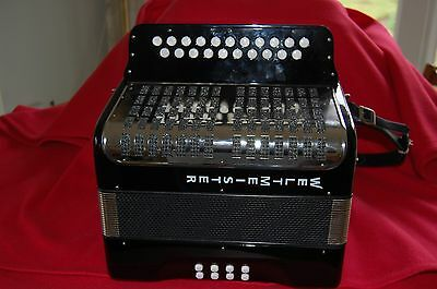 Very Nice 2 row Weltmeister Melodeon in key D/G