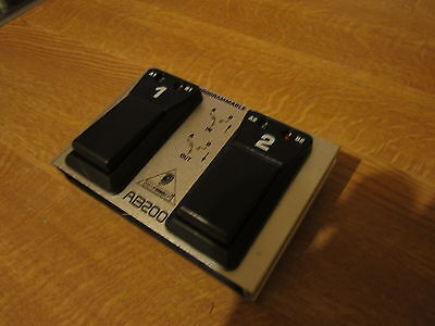 Behringer AB200 Dual Programmable A/B Footswitch untested