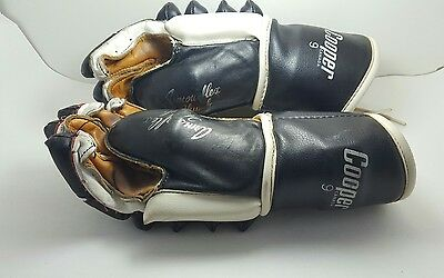 Armour flex Thumb Cooper Canada 9 Leather Ice Hockey Gloves Mens Adult Vintage