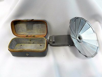 Vintage Accura Bouncemaster Folding Fan Camera Flash with Leather Case