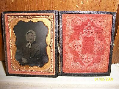 Vintage Civil War Period Tin Type Picture In Decorative Case
