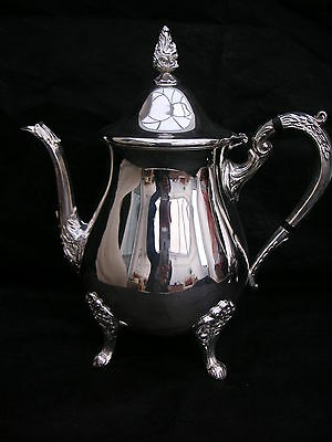 A Vintage Silver Plated TEA Pot by Viners UNUSED