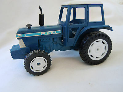 @Vintage Ford 7610 Tractor Model@