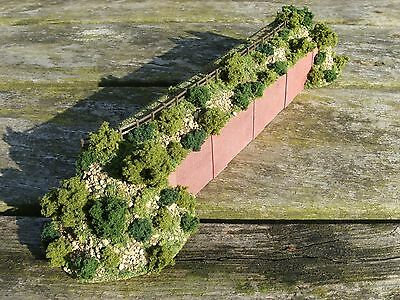 N gauge model railway layout retaining wall low relief background scenery