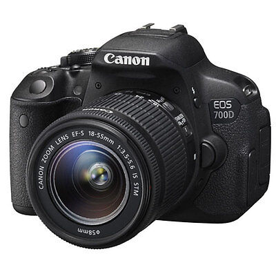 Fotocamera Reflex Canon EOS 700D + 18-55mm f/3.5-5.6 IS STM