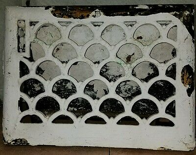 Original Period Victorian Furnace Vent Grate Cover Scallop Design Cast Iron #1
