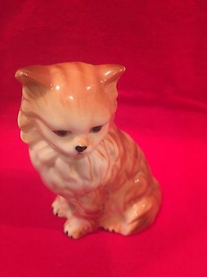 Vintage Cats Kittens Kitty ceramic figurine lot number 1 about 3 plus inches