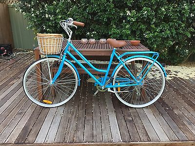 Ladies Vintage Cruiser Bike