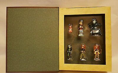 Disney Kim Possible hanging storybook ornament set. Brand new in box.