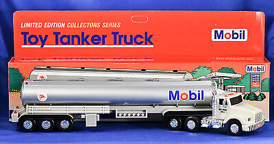 Vintage MOBIL OIL 1993 Toy Tanker Truck - Light & Sound - NEW IN BOX