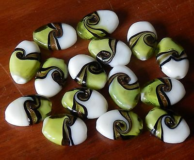* 15 * x 18mm lampwork Art Deco glass beads.olive green ,white,black gold