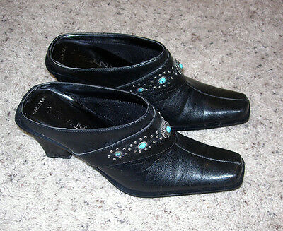 WOMEN'S WESTERN BLACK LEATHER HEELED SHOES  w/ TURQUOISE & SILVER SIZE 8 M