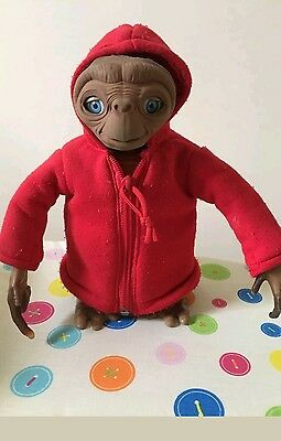 ET toy (perfect for fancy dress)