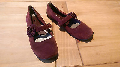 Footglove Burgundy Suede Flat Cute Mary Jane Shoes Size 5