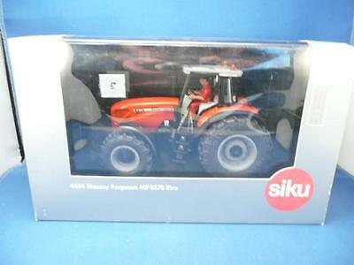 SIKU 4454 MASSEY FERGUSON MF 8270 Xtra TRACTOR WITH DRIVER 1/32 BOXED EXCELLENT
