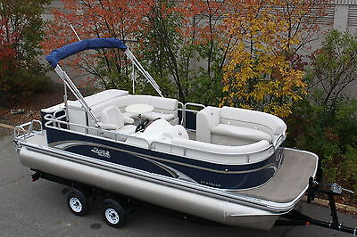 New high end 21 ft pontoon boat----Spring boat show special