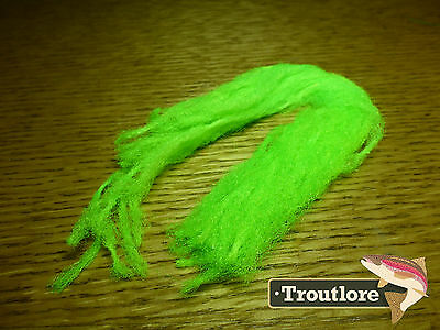Hareline Dubbin Fl Chartreuse Para Post Wing Poly Yarn - New Fly Tying Materials