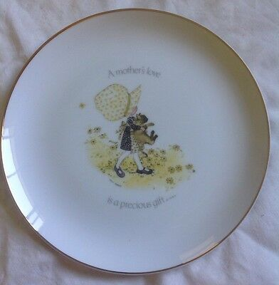 HOLLY HOBBIE MOTHERS LOVE large designers collection PLATE vintage memorabilia