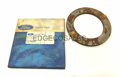"New Holland ""10 Series"" Tractor Front Axle Transfer Case Shim - 83929850"