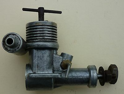 Vintage PAW 1.5cc Model Airplane Aeroplane Diesel Engine Used.