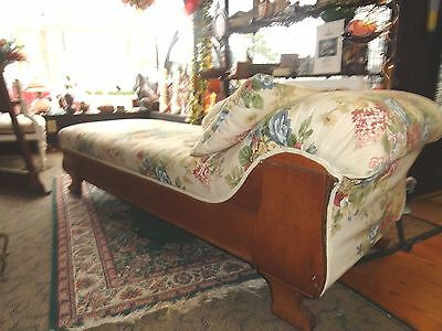 ~Victorian Parlor Room Oak Floral Fainting Sofa ~Chaise Lounge Chair Couch