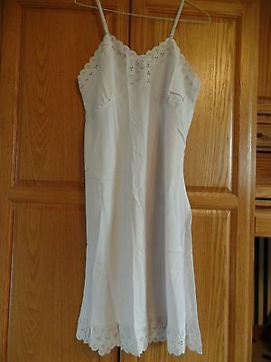 Vtg Ladies FULL, Off White Slip, Sz 40, Pink, Blue, Green. & Yellow Eyelet Lace