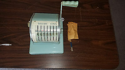 Rare Vintage Paymaster Check Writer Series X 550 With Key Works