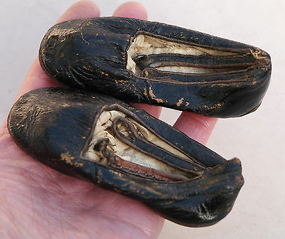 Pair orig c1850 Antique Victorian leather BABY SHOES w Button & Strap