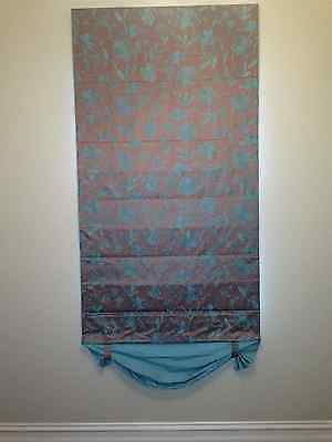 ROMAN BLIND WITH MATCHING SHEER COFFEE AND PALE BLUE PRINT, 8q