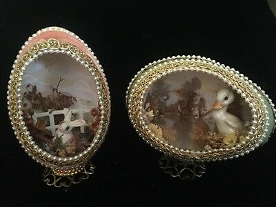 Vintage Lot of 2 Real Egg 3-D Diorama BUNNY DUCK Scene Metal Stand Easter Decor