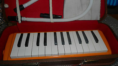 TOP melodica-Sung Chang Melodeon A-2500 !Leder Koffer-Great Sound-Top Condition