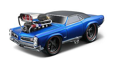 MAISTO 1:24 DISPLAY MUSCLE MACHINES 1966 PONTIAC GTO Diecast Car Model Blue