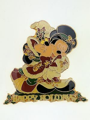 Disney Happy Holidays Mickey Mouse and Minnie Under the Mistletoe Pin 3108 LE