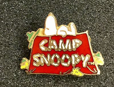 Vintage Knott's Camp Snoopy  Peanuts Snoopy Beagle Scout Pin