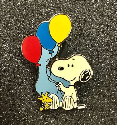 Vintage Peanuts Snoopy & Woodstock With Balloons Pin
