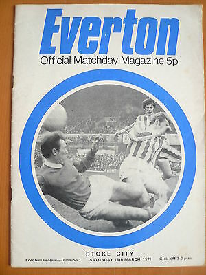 70/71 - EVERTON v STOKE CITY - DIVISION 1 - EXC