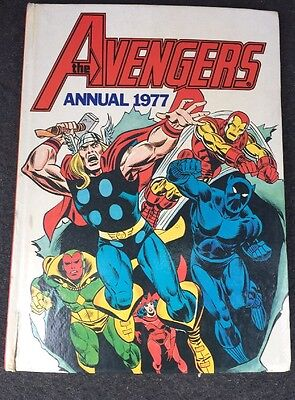 The AVENGERS Marvel Annual 1977 *GOOD CONDITION* Very Rare