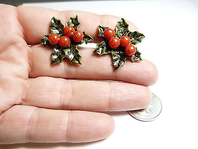 Vintage green Celluloid holly leaf red berry screw back Christmas earrings