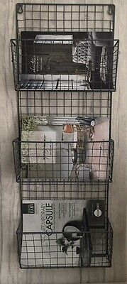 Metal Wire Magazine Letter Industrial Style Newspaper Holder Wall Rack 2 sizes
