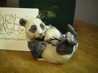 Harmony Kingdom Rare Treat Panda and Cub UK Made Marble resin Box Figurine  NIB