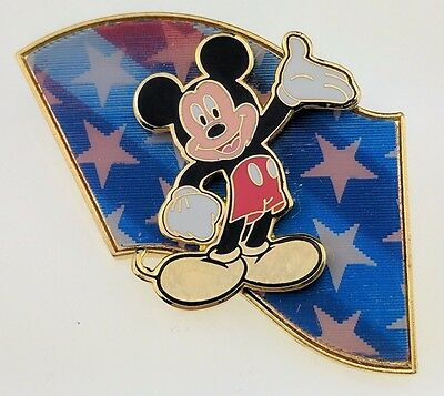 Disney DS Mickey Mouse Flag Lenticular 3D Trading Pin 8039 Veteran's Day